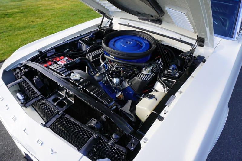 Vintage hot rod engine