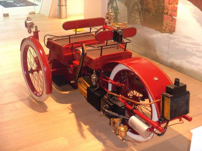 Vintage 3-wheel car