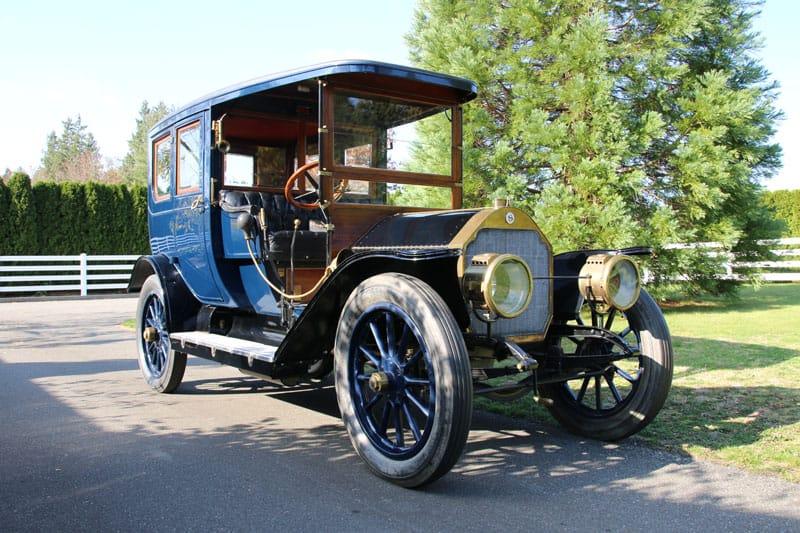 1910 Stoddard Dayton